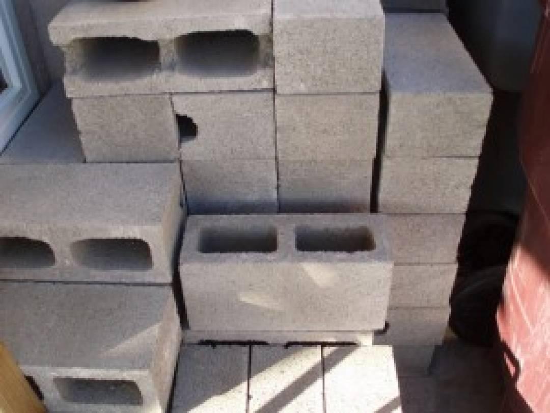 Concrete Blocks Services D T Macdonald